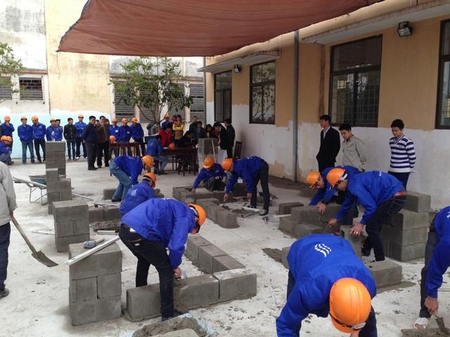 Hình ảnh thi tuyển đơn hàng xây dựng QD- SBG