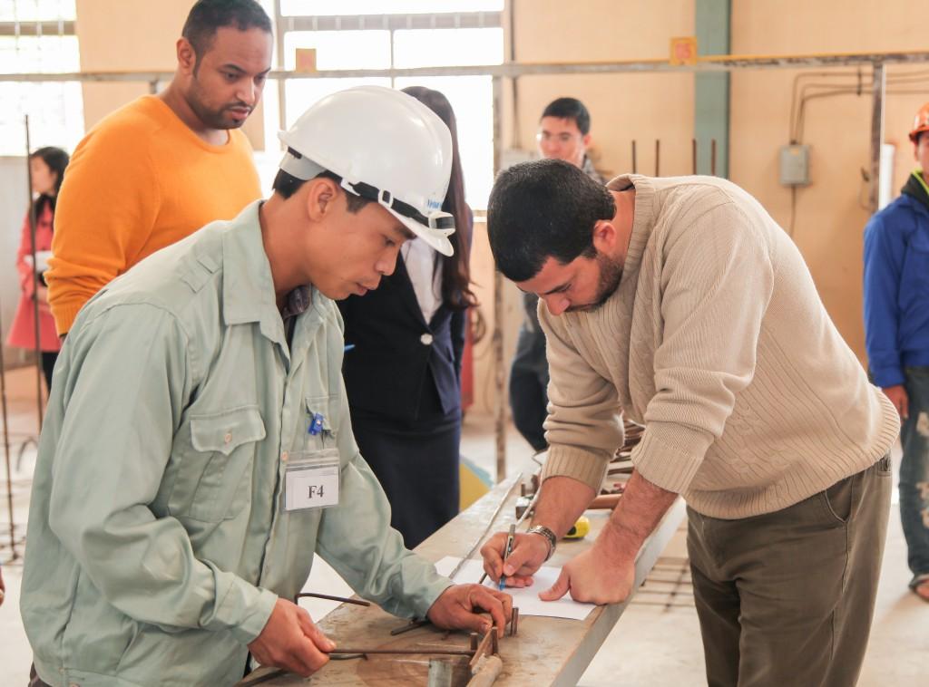 Hình ảnh thi tuyển mộc,sắt, hàn, xây trát ốp lát cho A.S.Alsayed 7
