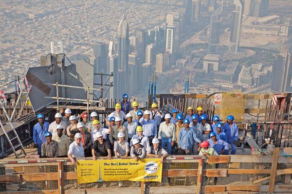Cẩm nang cho người đi XKLĐ: Những điều cần lưu ý về luật lao động UAE