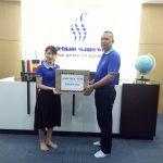 Công ty LMK Việt Nam tặng quà cho anh em lao động sang làm việc tại Romania